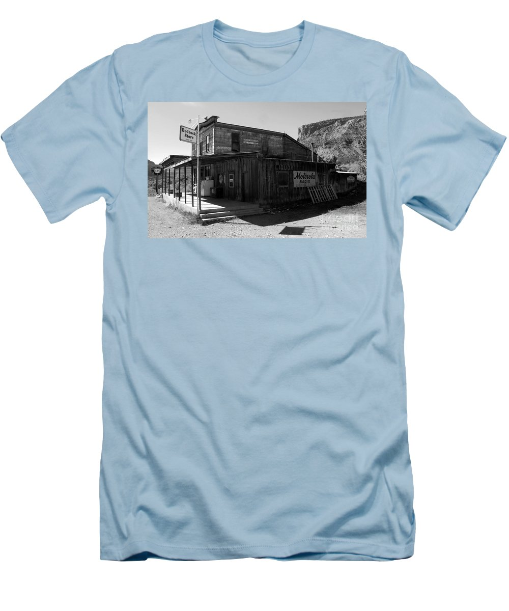 Bedrock Colorado Men's T-Shirt (Athletic Fit) featuring the photograph Bedrock Store 1881 by David Lee Thompson