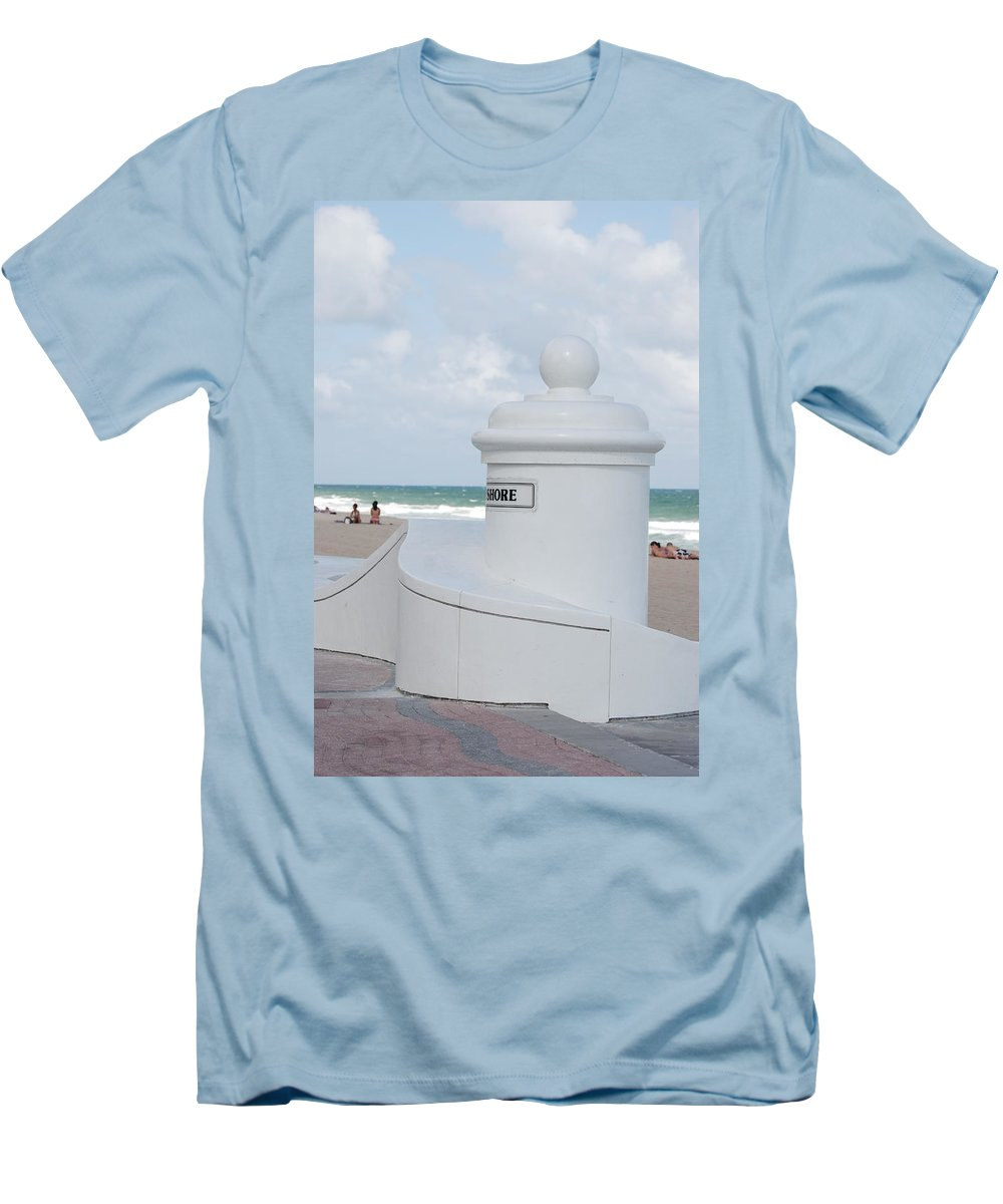 Shore Men's T-Shirt (Athletic Fit) featuring the photograph Chess Pawn Shore by Rob Hans