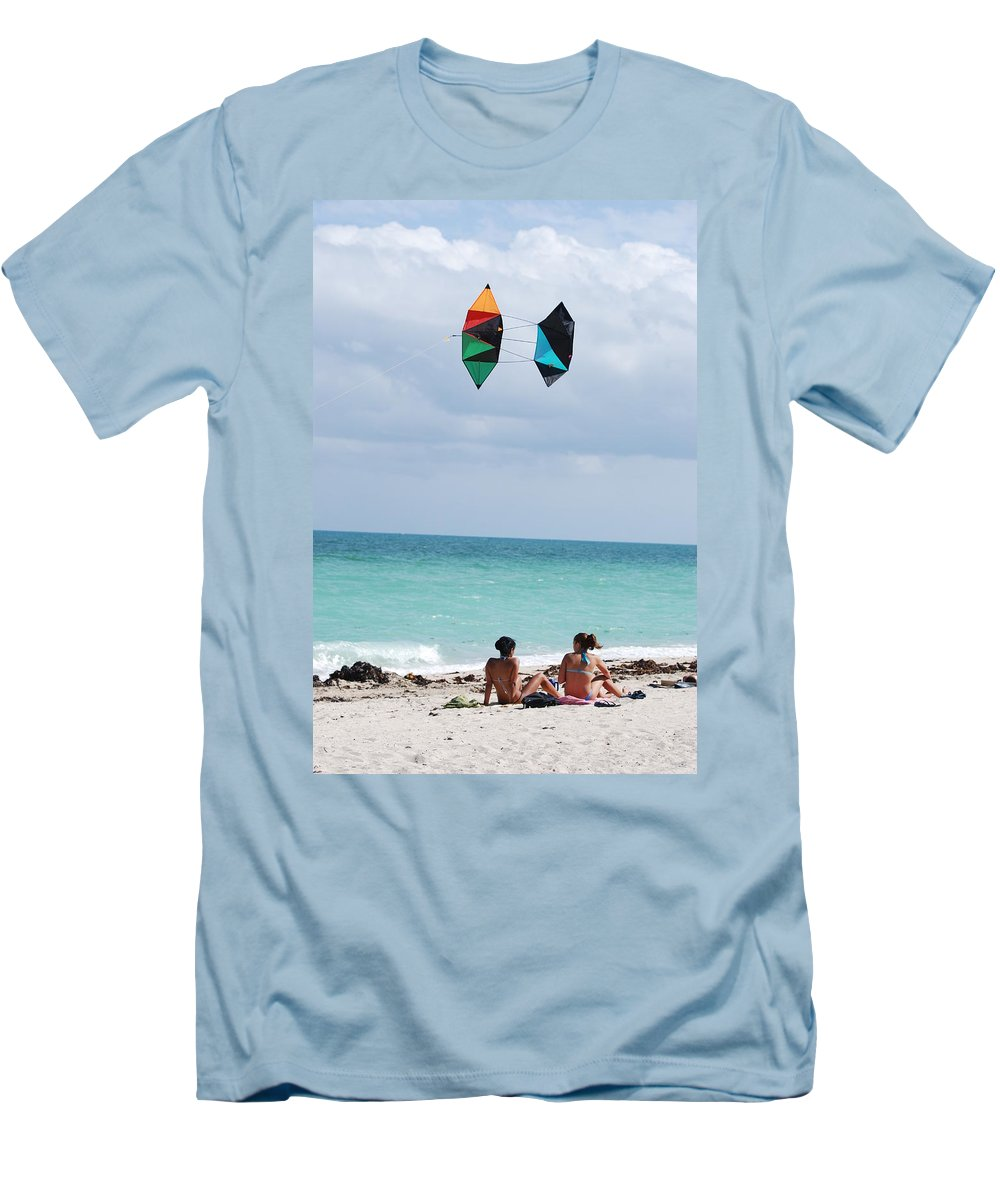 Sea Scape Men's T-Shirt (Athletic Fit) featuring the photograph Close Encounters by Rob Hans