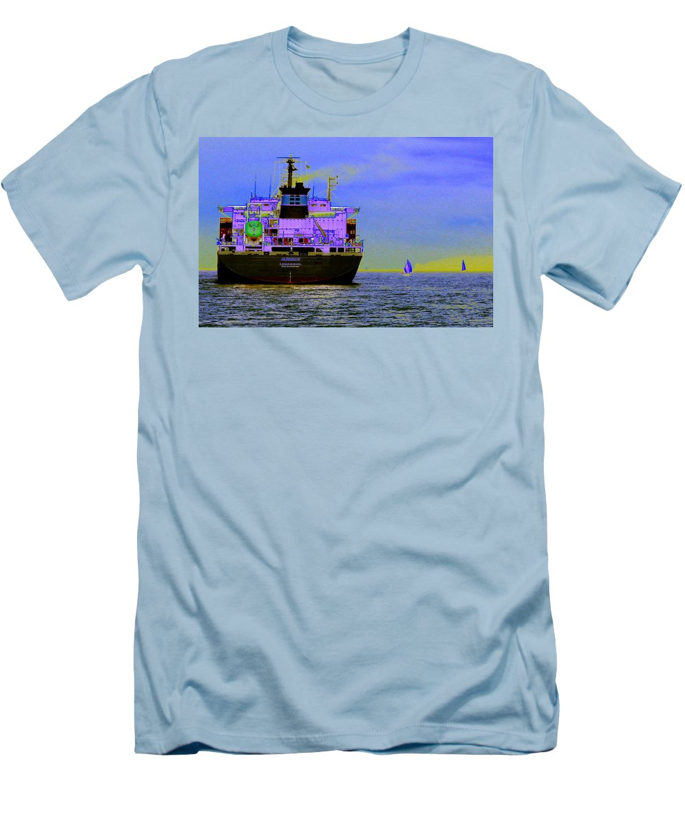 Seattle Men's T-Shirt (Athletic Fit) featuring the photograph Container Sail by Tim Allen