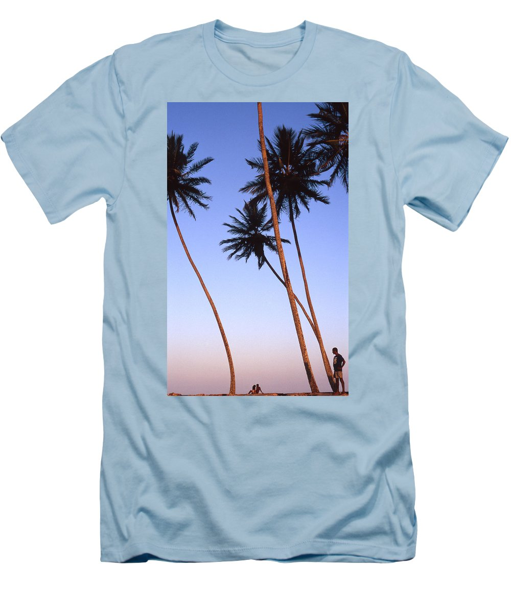 Bahia Men's T-Shirt (Athletic Fit) featuring the photograph Dusk In Morro by Patrick Klauss