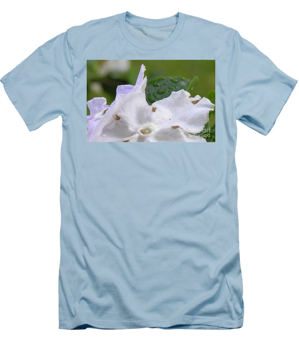 Flower Men's T-Shirt (Athletic Fit) featuring the photograph Easter Surprise by Richard Rizzo