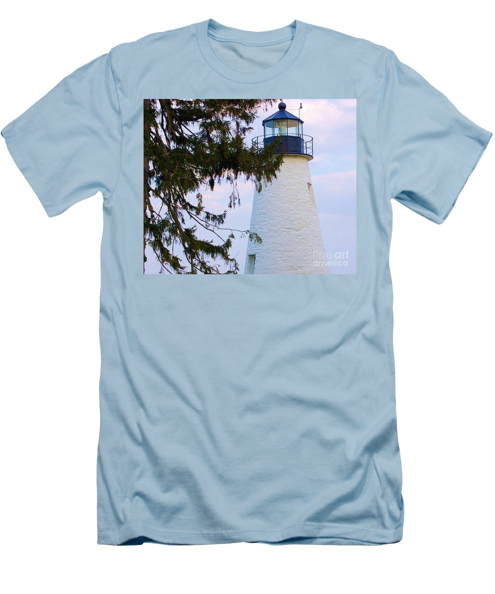 Lighthouse Men's T-Shirt (Athletic Fit) featuring the photograph Havre De Grace Lighthouse by Debbi Granruth