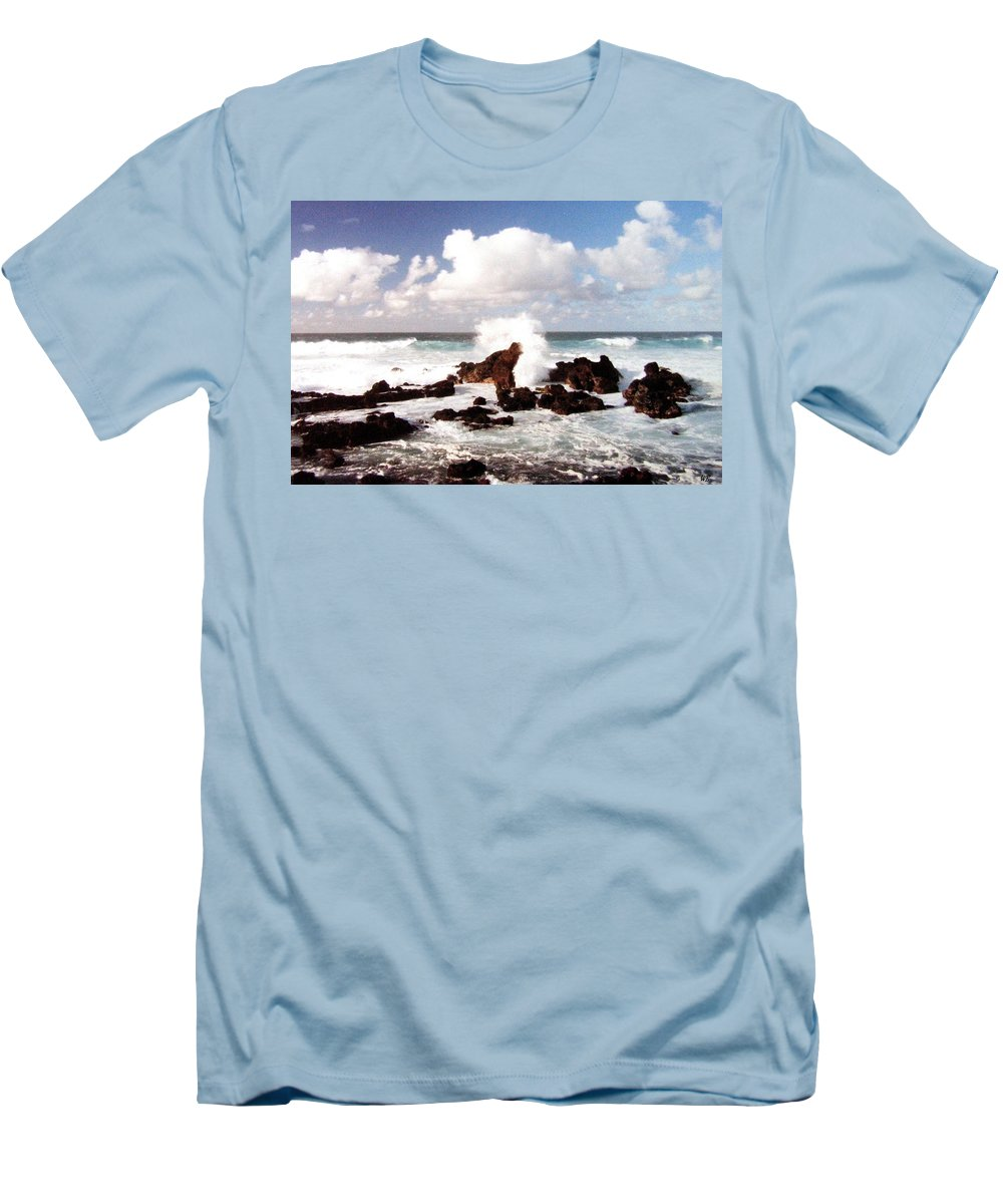 1986 Men's T-Shirt (Athletic Fit) featuring the photograph Keanae Peninsula by Will Borden