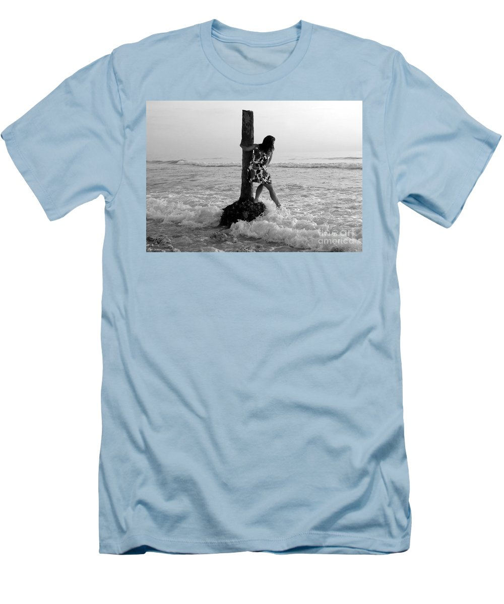 Beach Men's T-Shirt (Athletic Fit) featuring the photograph Lady In The Surf by David Lee Thompson