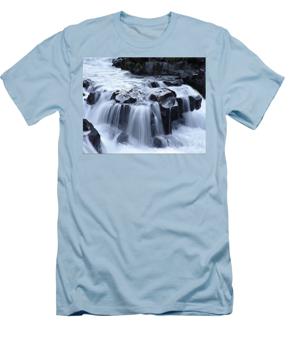 Waterfall Men's T-Shirt (Athletic Fit) featuring the photograph Natural Bridges Falls 02 by Peter Piatt