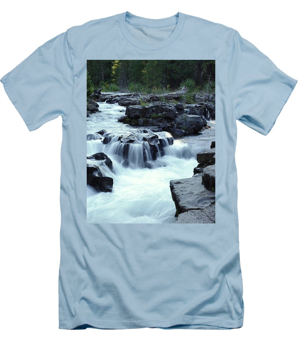 Waterfall Men's T-Shirt (Athletic Fit) featuring the photograph Natural Bridges Falls 03 by Peter Piatt
