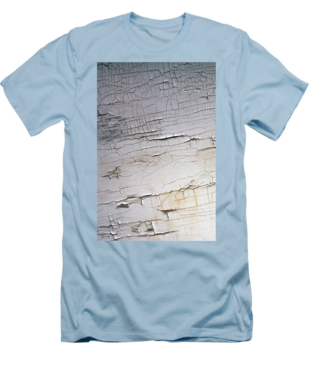 Paint Men's T-Shirt (Athletic Fit) featuring the photograph Old Siding by Richard Rizzo