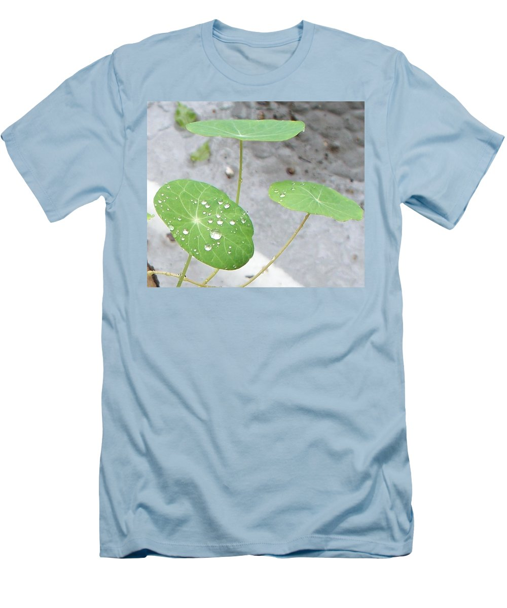 Floral Men's T-Shirt (Athletic Fit) featuring the painting Raindrops On A Nasturtium Leaf by Eric Schiabor