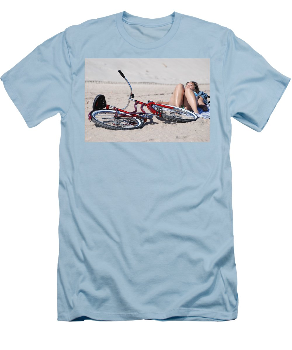 Red Men's T-Shirt (Athletic Fit) featuring the photograph Red Bike On The Beach by Rob Hans