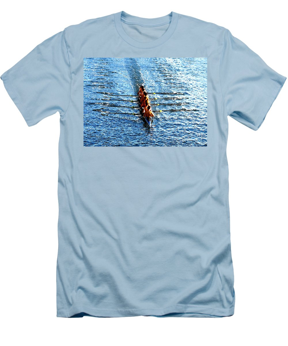 Rowing Men's T-Shirt (Athletic Fit) featuring the photograph Rowing In by David Lee Thompson