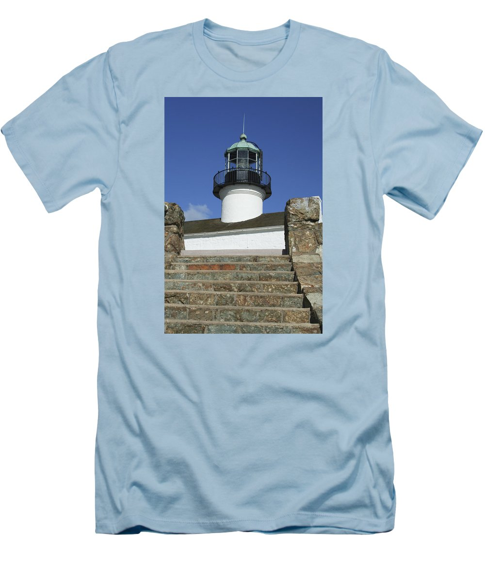 Bay Men's T-Shirt (Athletic Fit) featuring the photograph Up To The Light by Margie Wildblood