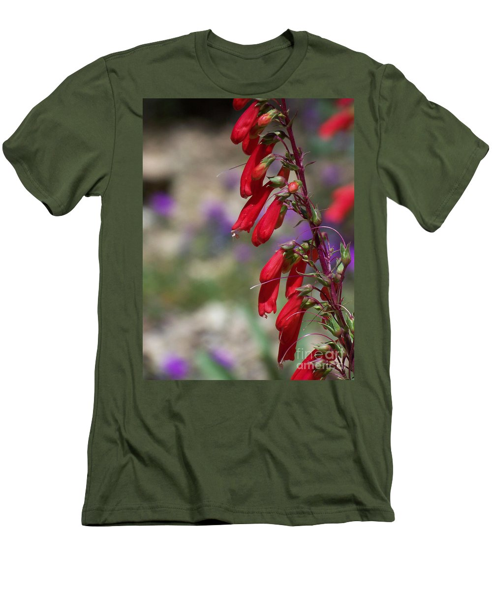 Flowers Men's T-Shirt (Athletic Fit) featuring the photograph Penstemon by Kathy McClure