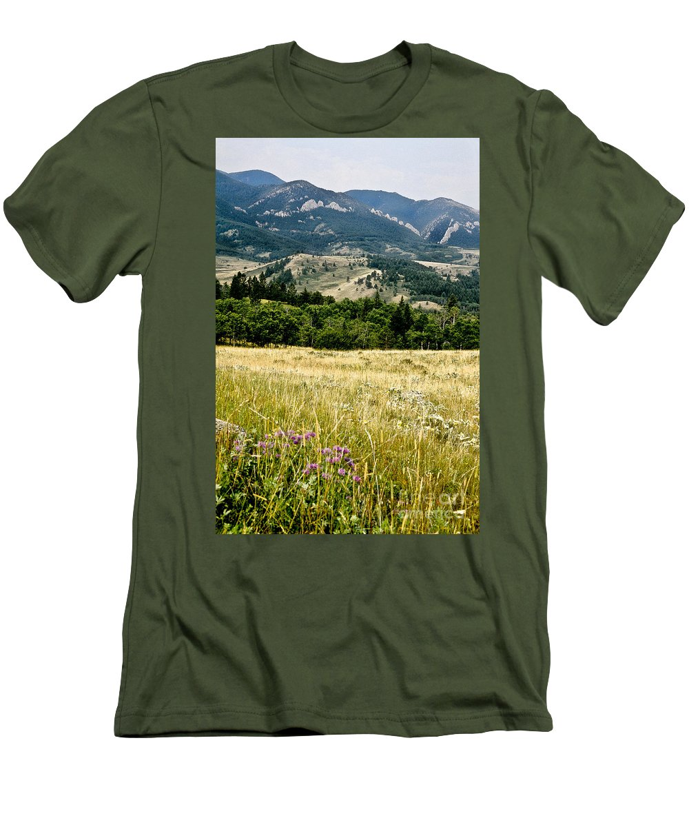 Wilderness Men's T-Shirt (Athletic Fit) featuring the photograph Washake Wilderness by Kathy McClure