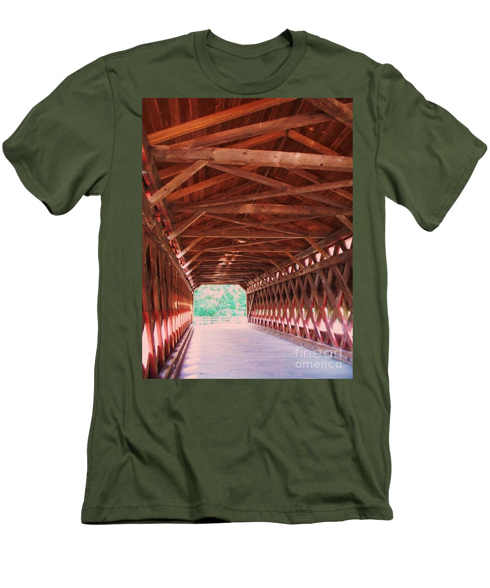 Gettysburg Men's T-Shirt (Athletic Fit) featuring the painting Sachs Bridge by Eric Schiabor