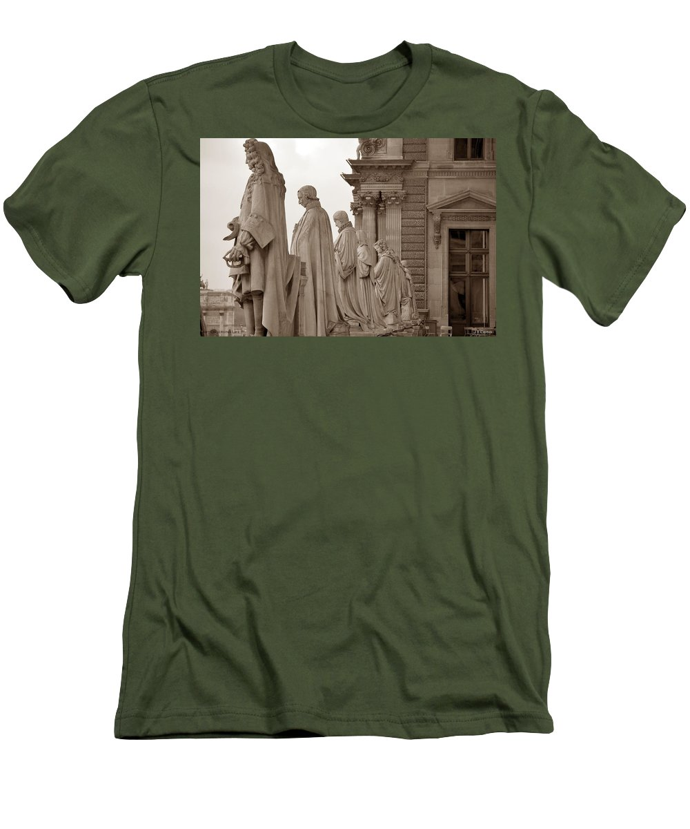 Paris Men's T-Shirt (Athletic Fit) featuring the photograph Art Observing Life by J Todd