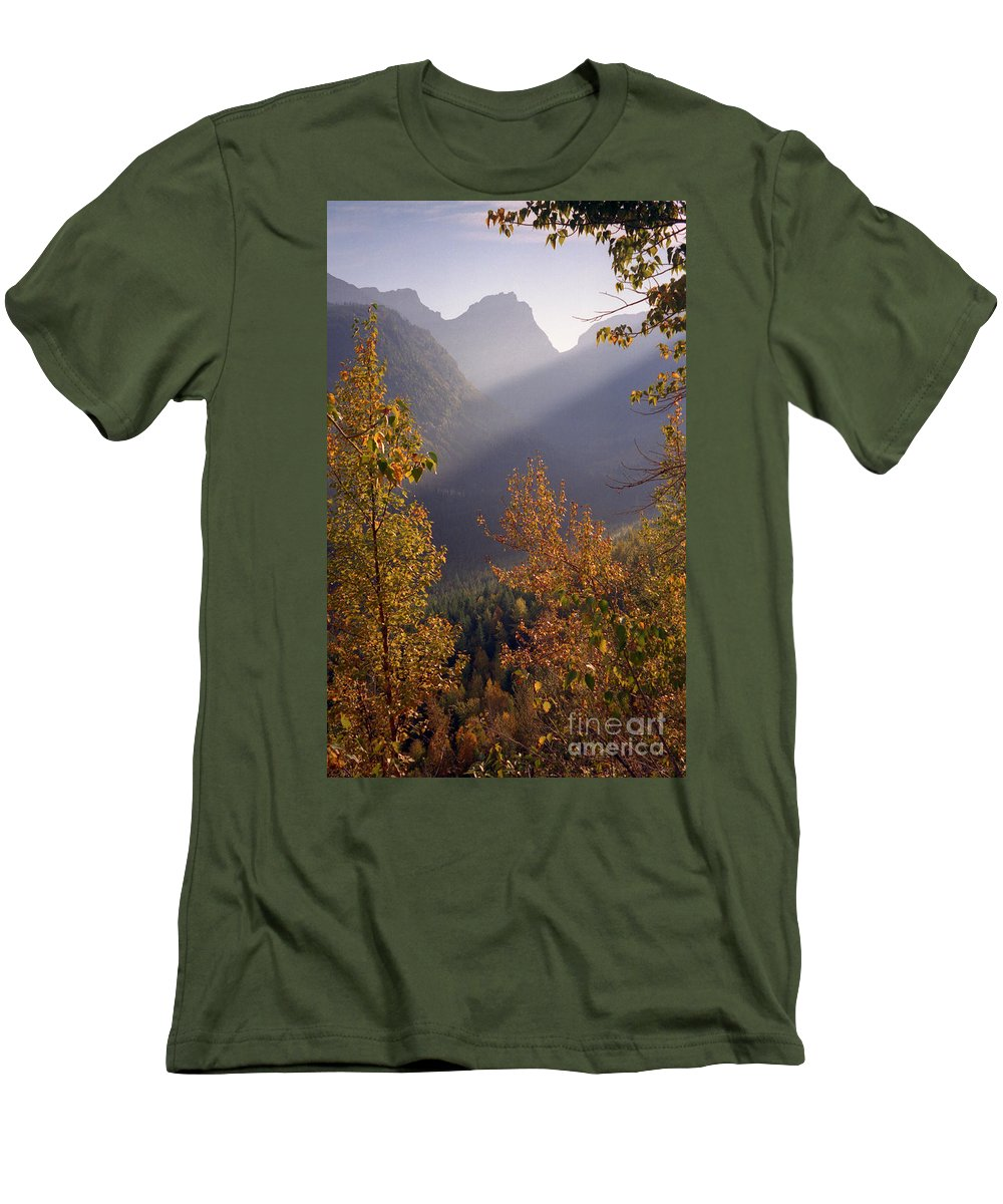 Mountains Men's T-Shirt (Athletic Fit) featuring the photograph Autumn At Logan Pass by Richard Rizzo