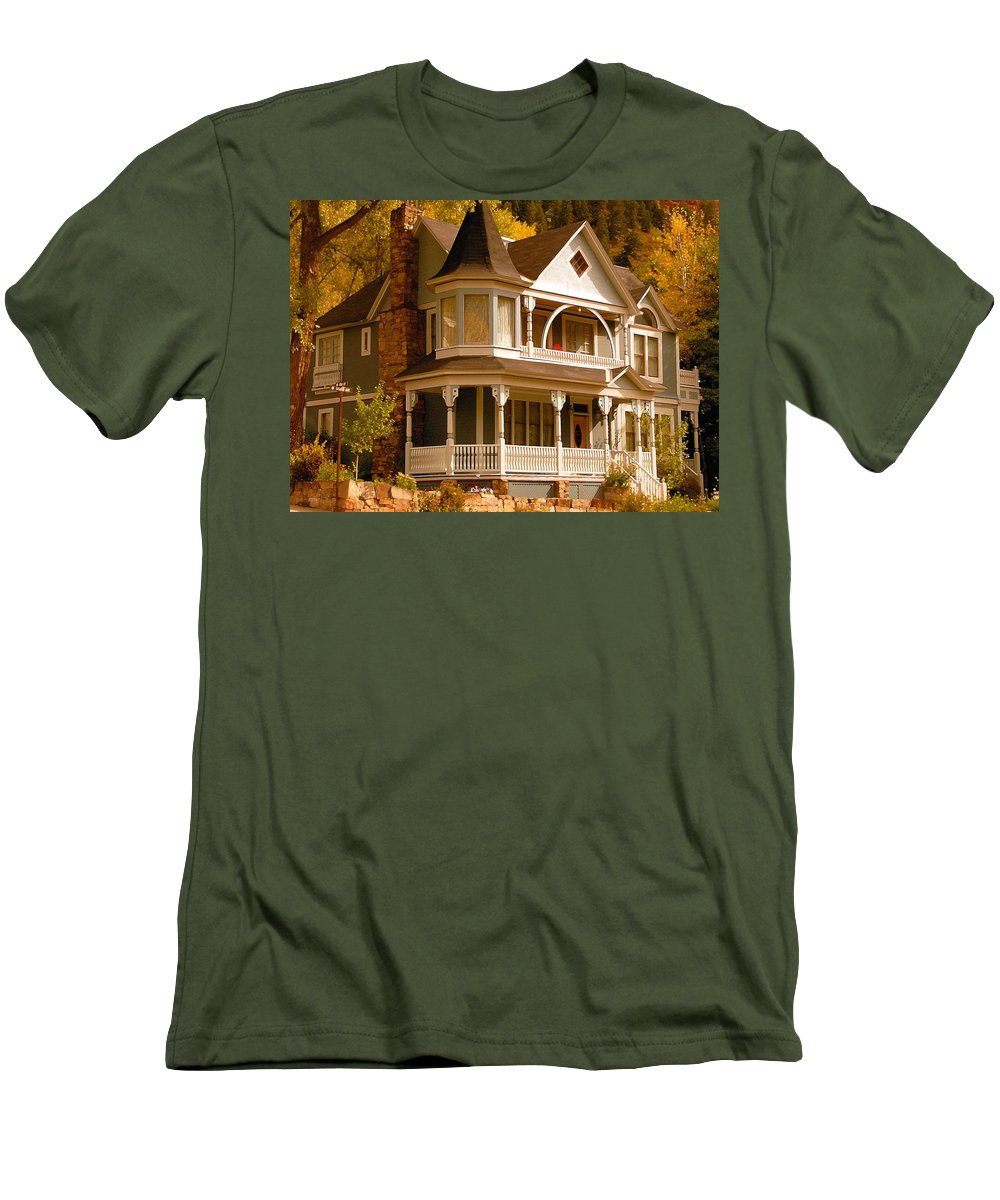Autumn Men's T-Shirt (Athletic Fit) featuring the painting Autumn House by David Lee Thompson