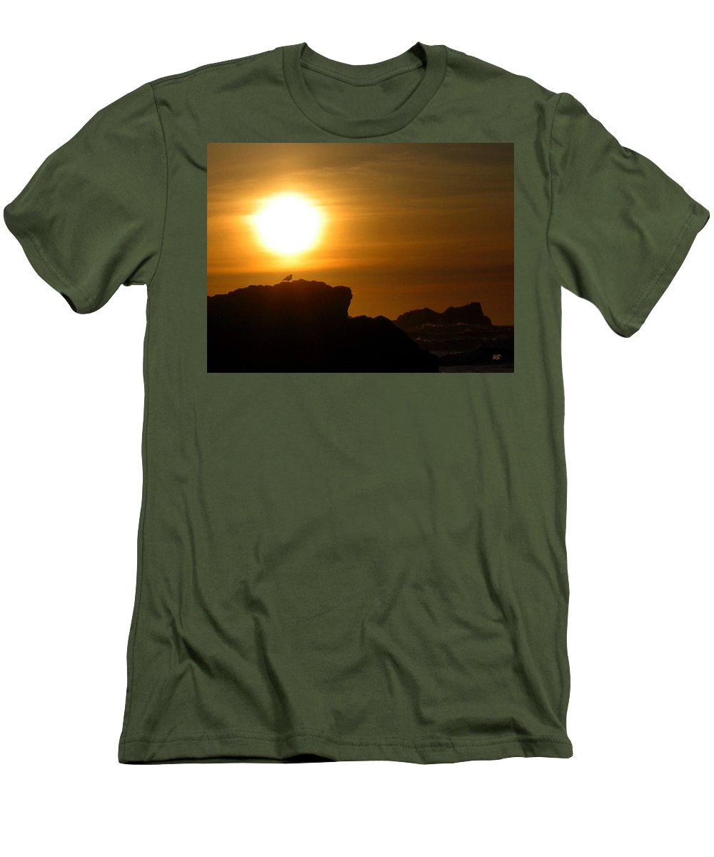 Bandon Men's T-Shirt (Athletic Fit) featuring the photograph Bandon 30 by Will Borden