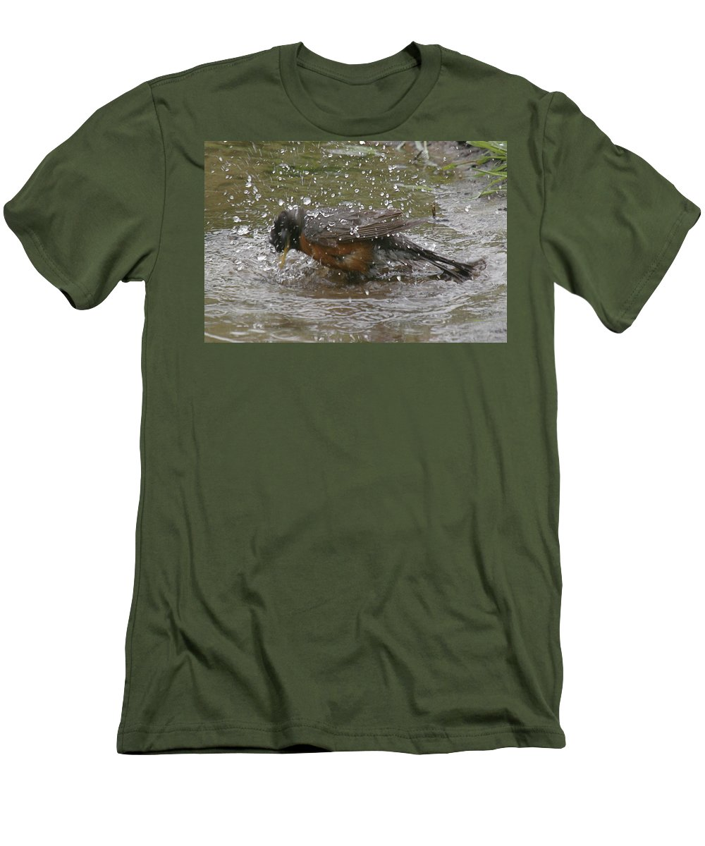 Robin Bird Men's T-Shirt (Athletic Fit) featuring the photograph Bath Time by Robert Pearson