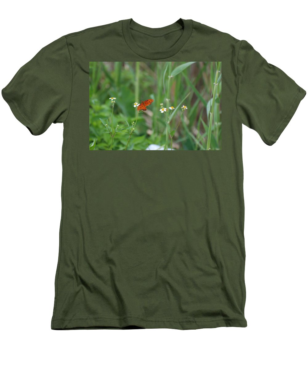 Butterfly Men's T-Shirt (Athletic Fit) featuring the photograph Broken Wing by Rob Hans