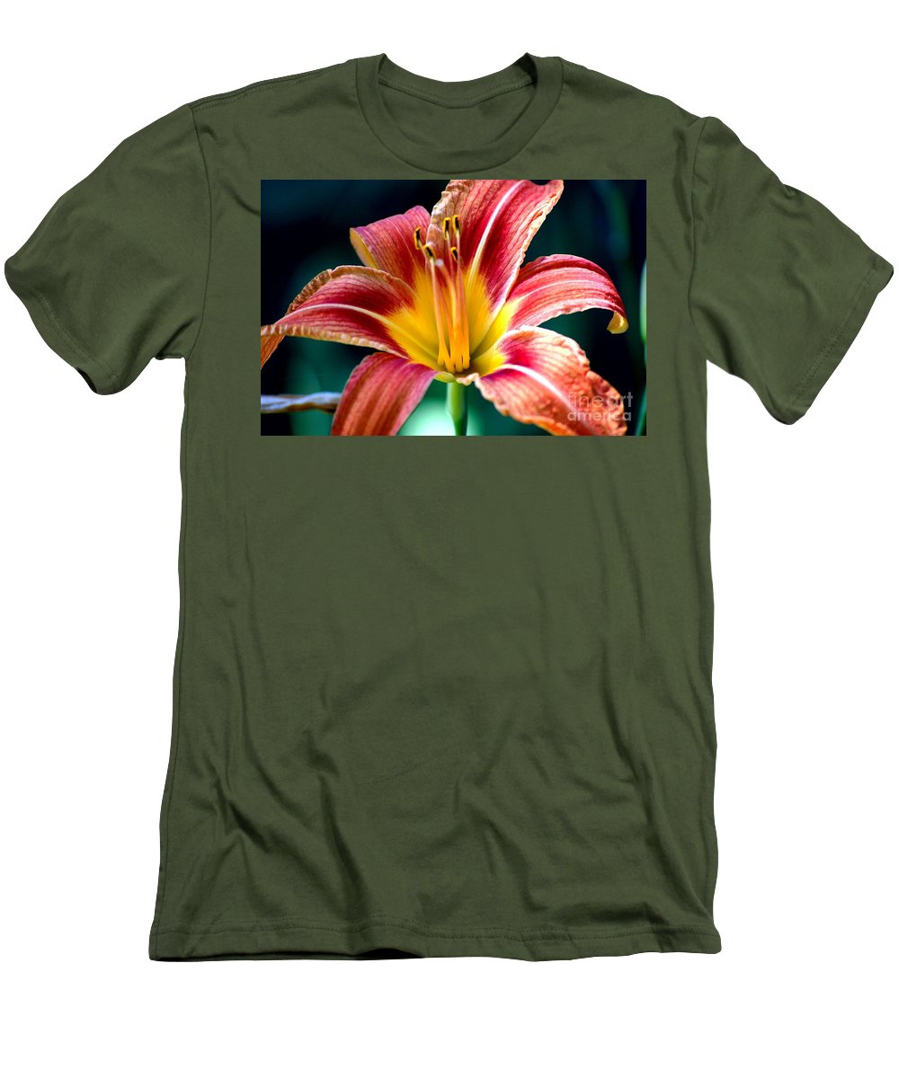 Landscape Men's T-Shirt (Athletic Fit) featuring the photograph Day Lilly by David Lane