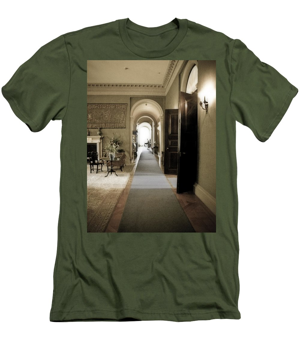 Mansions Men's T-Shirt (Athletic Fit) featuring the photograph Dinner Is Serve4d by Karen W Meyer