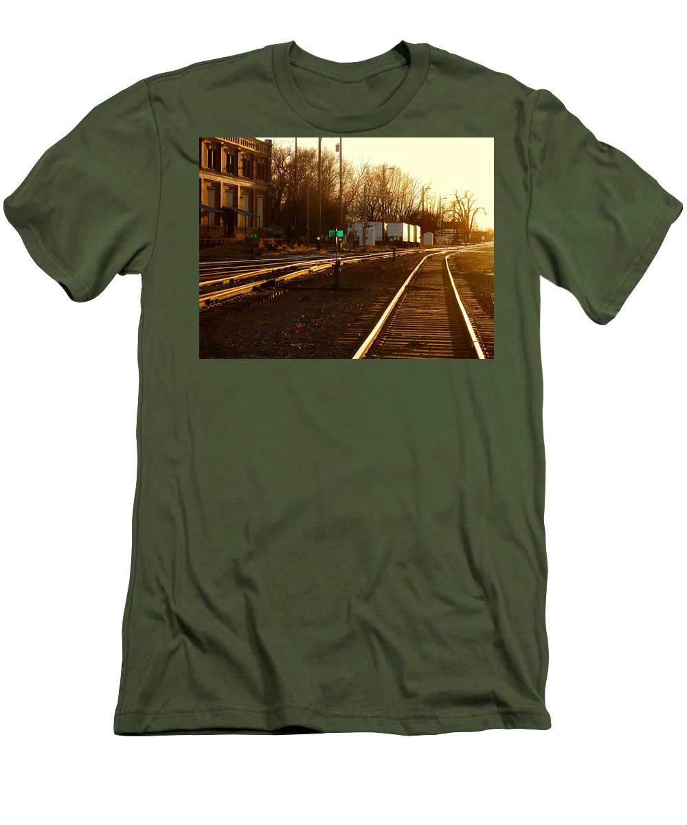 Landscape Men's T-Shirt (Athletic Fit) featuring the photograph Down The Right Track by Steve Karol