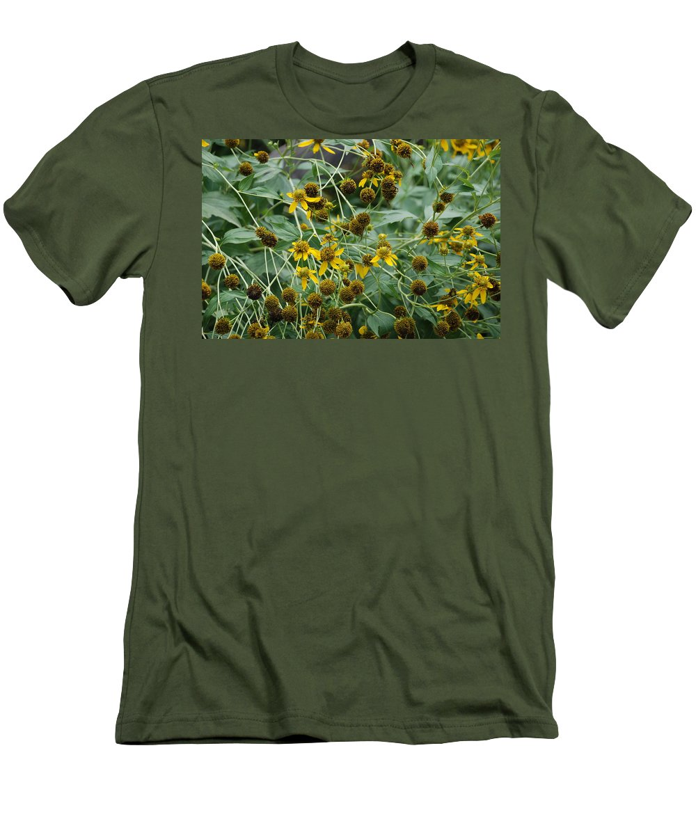 Macro Men's T-Shirt (Athletic Fit) featuring the photograph Dying Sun Flowers by Rob Hans