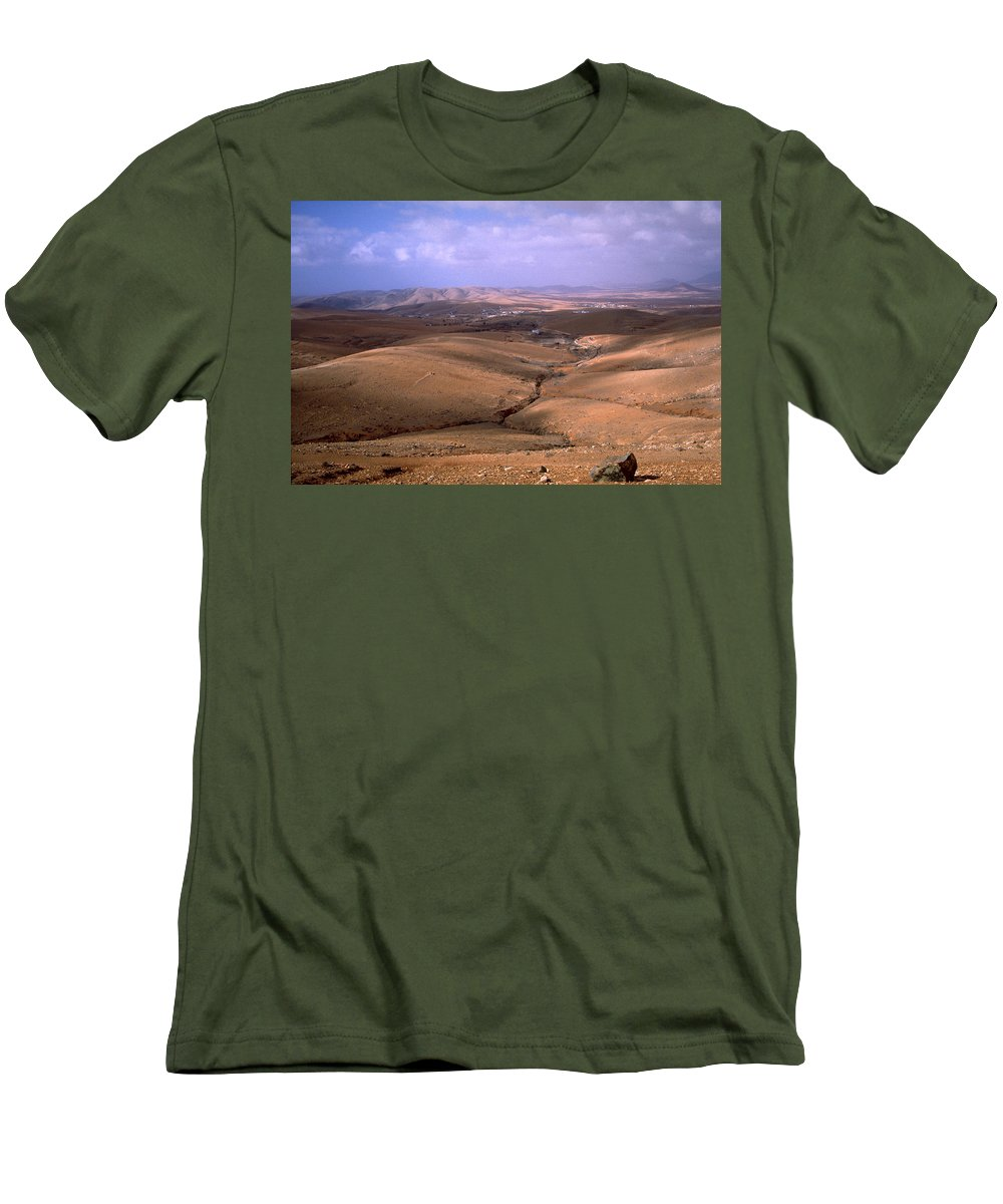Fuerteventura Men's T-Shirt (Athletic Fit) featuring the photograph Fuerteventura I by Flavia Westerwelle