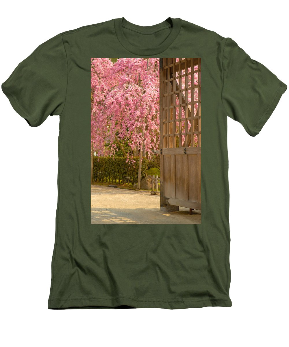 Japan Men's T-Shirt (Athletic Fit) featuring the photograph Gate by Sebastian Musial