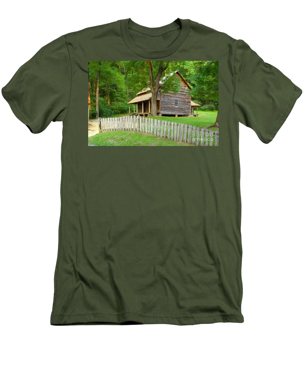 Home Men's T-Shirt (Athletic Fit) featuring the photograph Homestead by David Lee Thompson