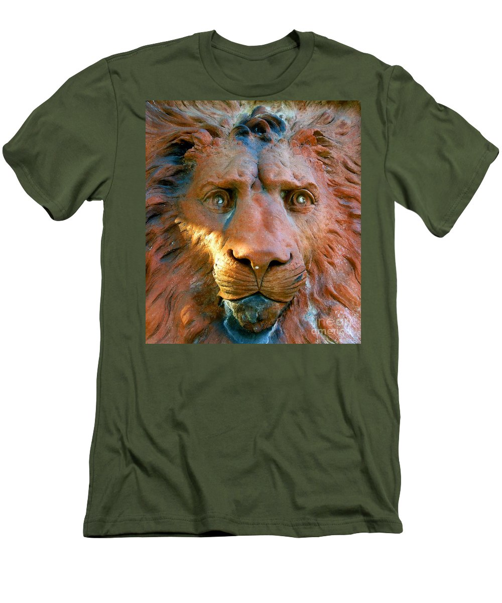 Saint Augustine Florida Men's T-Shirt (Athletic Fit) featuring the photograph Lion Of Saint Augustine by David Lee Thompson