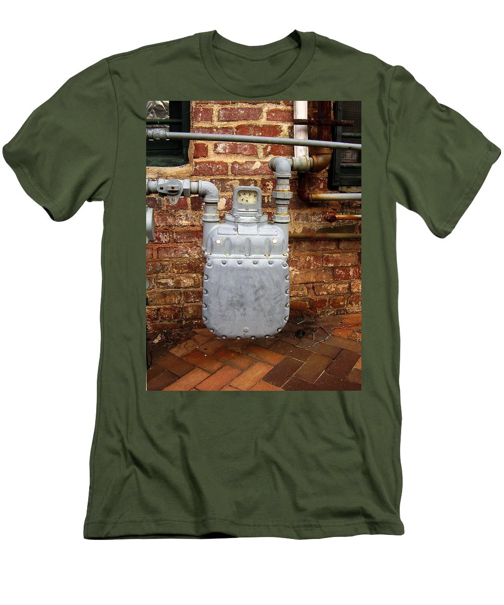 Meter Men's T-Shirt (Athletic Fit) featuring the photograph Meter II In Athens Ga by Flavia Westerwelle