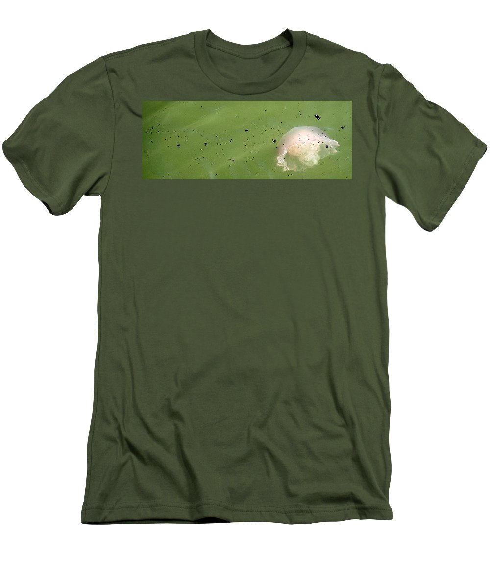 Oil Spill Men's T-Shirt (Athletic Fit) featuring the photograph Oil Vs Jellyfish by Kurt Hausmann