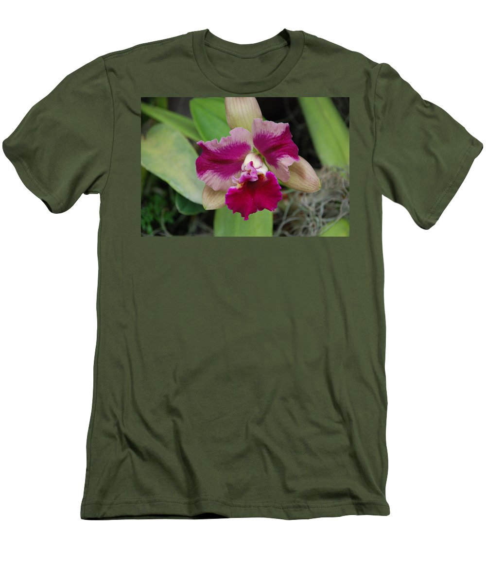 Macro Men's T-Shirt (Athletic Fit) featuring the photograph Purple Orchid by Rob Hans
