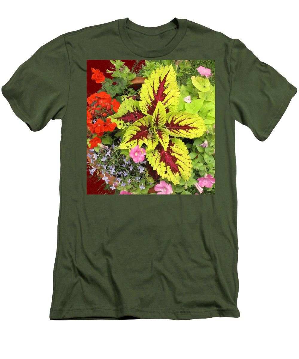 Flowers Men's T-Shirt (Athletic Fit) featuring the photograph Rich Pattern by Ian MacDonald