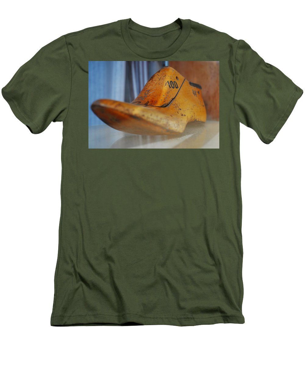 Wooden Men's T-Shirt (Athletic Fit) featuring the photograph Shape Shifter by Skip Hunt