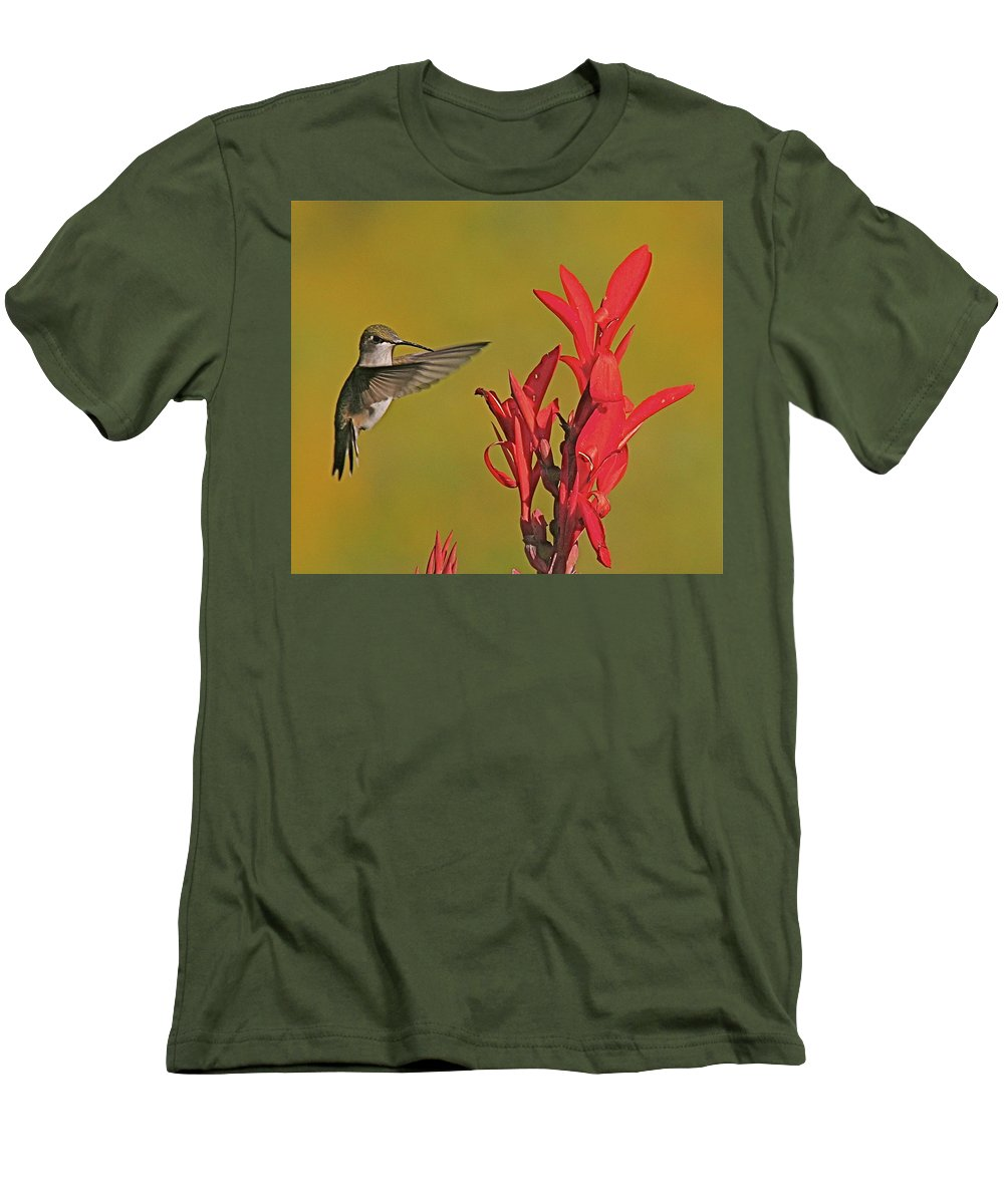 Humming Bird Men's T-Shirt (Athletic Fit) featuring the photograph The Hummer by Robert Pearson