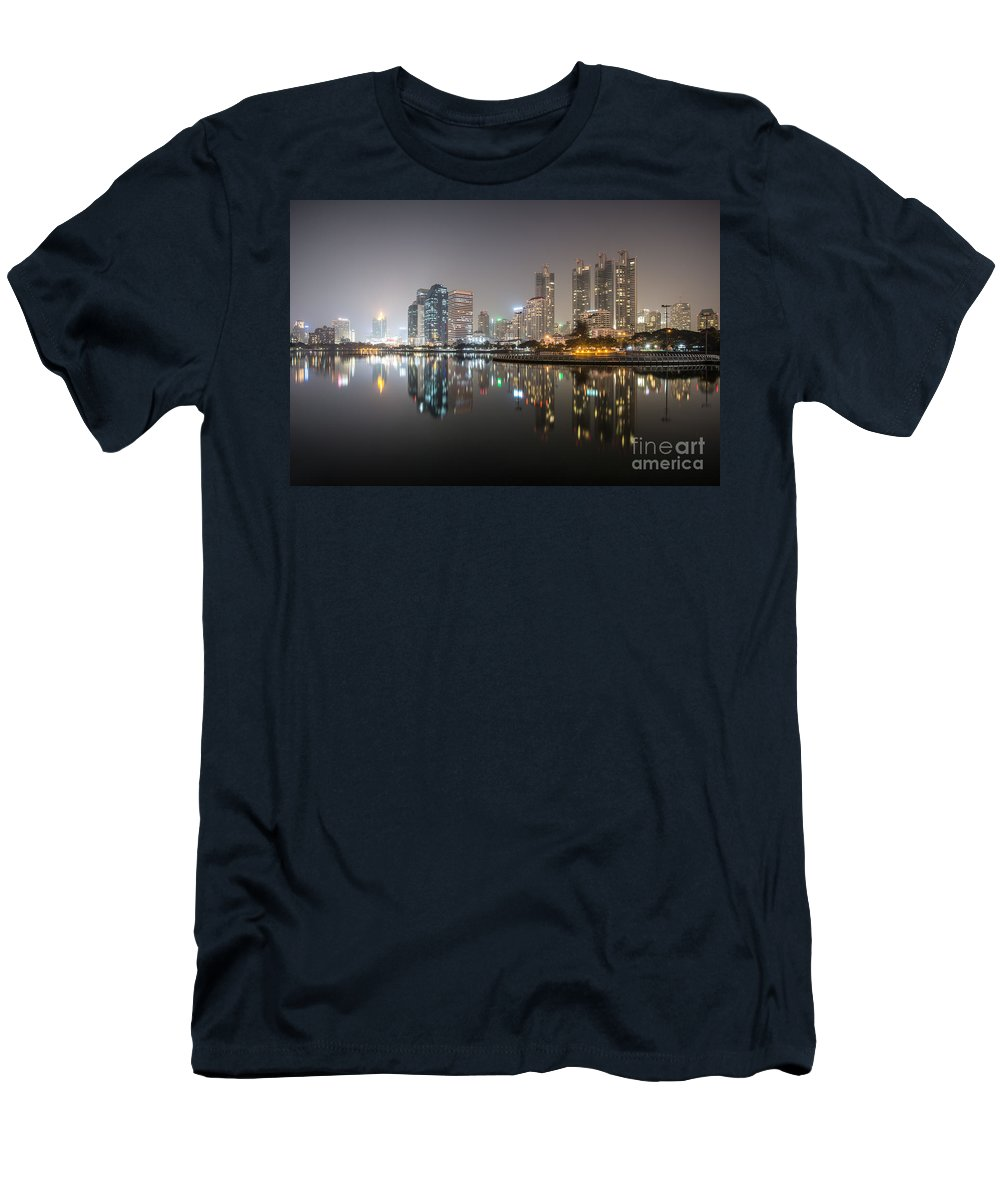 Architecture Men's T-Shirt (Athletic Fit) featuring the photograph Bangkok By Night by Matteo Colombo