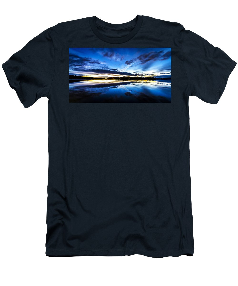 Kyle Lavey Photography Photographs Men's T-Shirt (Athletic Fit) featuring the photograph Big Lake After Sunset by Kyle Lavey