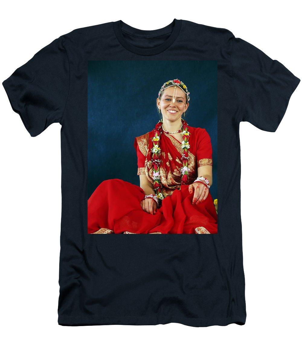 Bride Men's T-Shirt (Athletic Fit) featuring the photograph Bride by Daniel Csoka