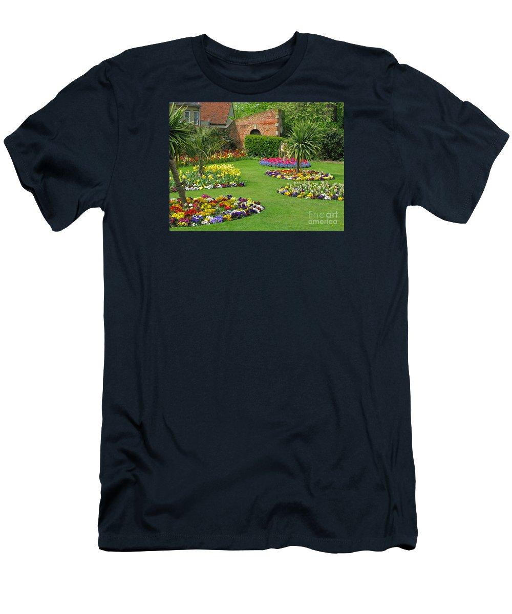 Garden Men's T-Shirt (Athletic Fit) featuring the photograph Castle Park Gardens by Ann Horn