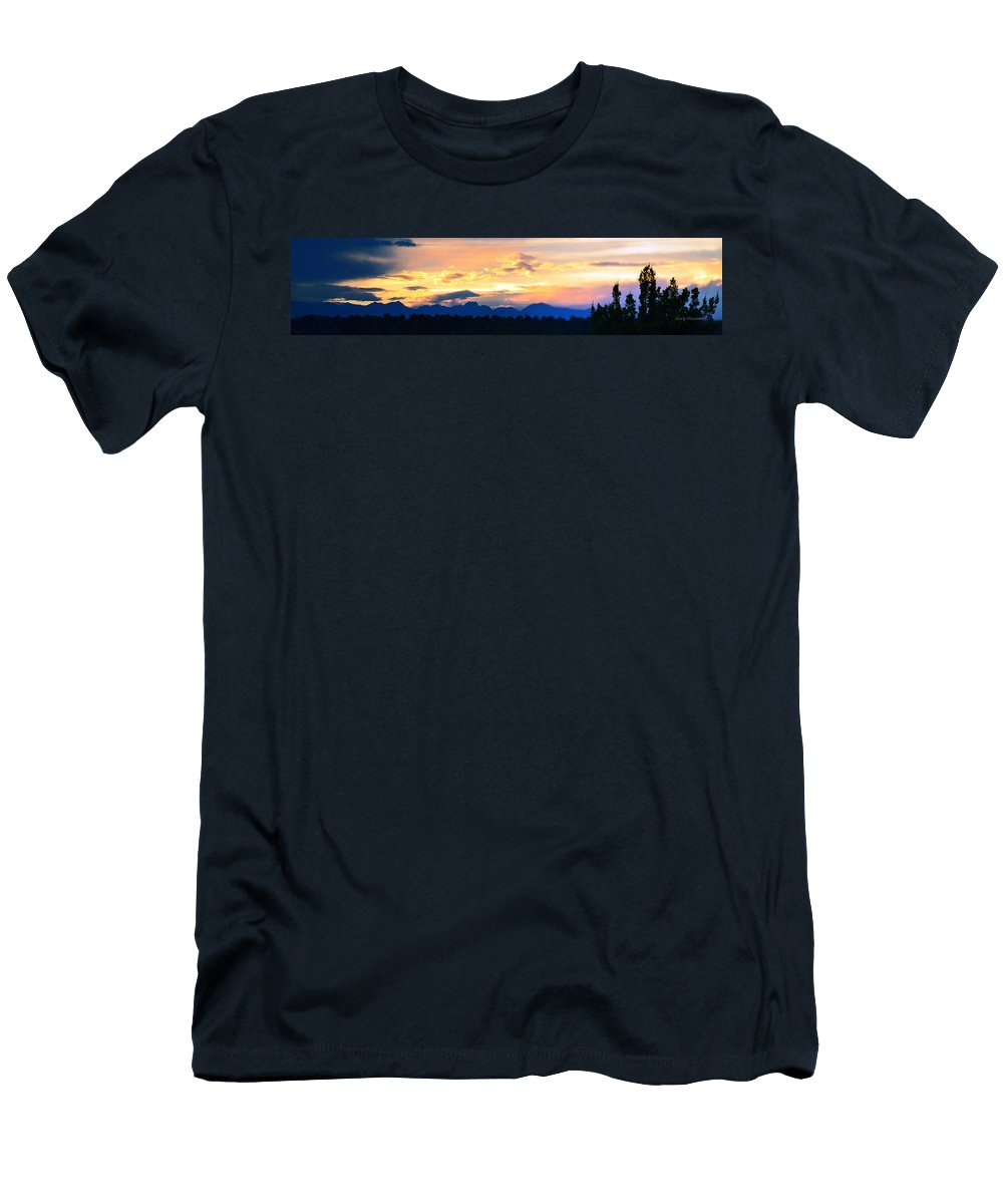 Sunset Men's T-Shirt (Athletic Fit) featuring the photograph Colorado Sunset by Gary Mosman