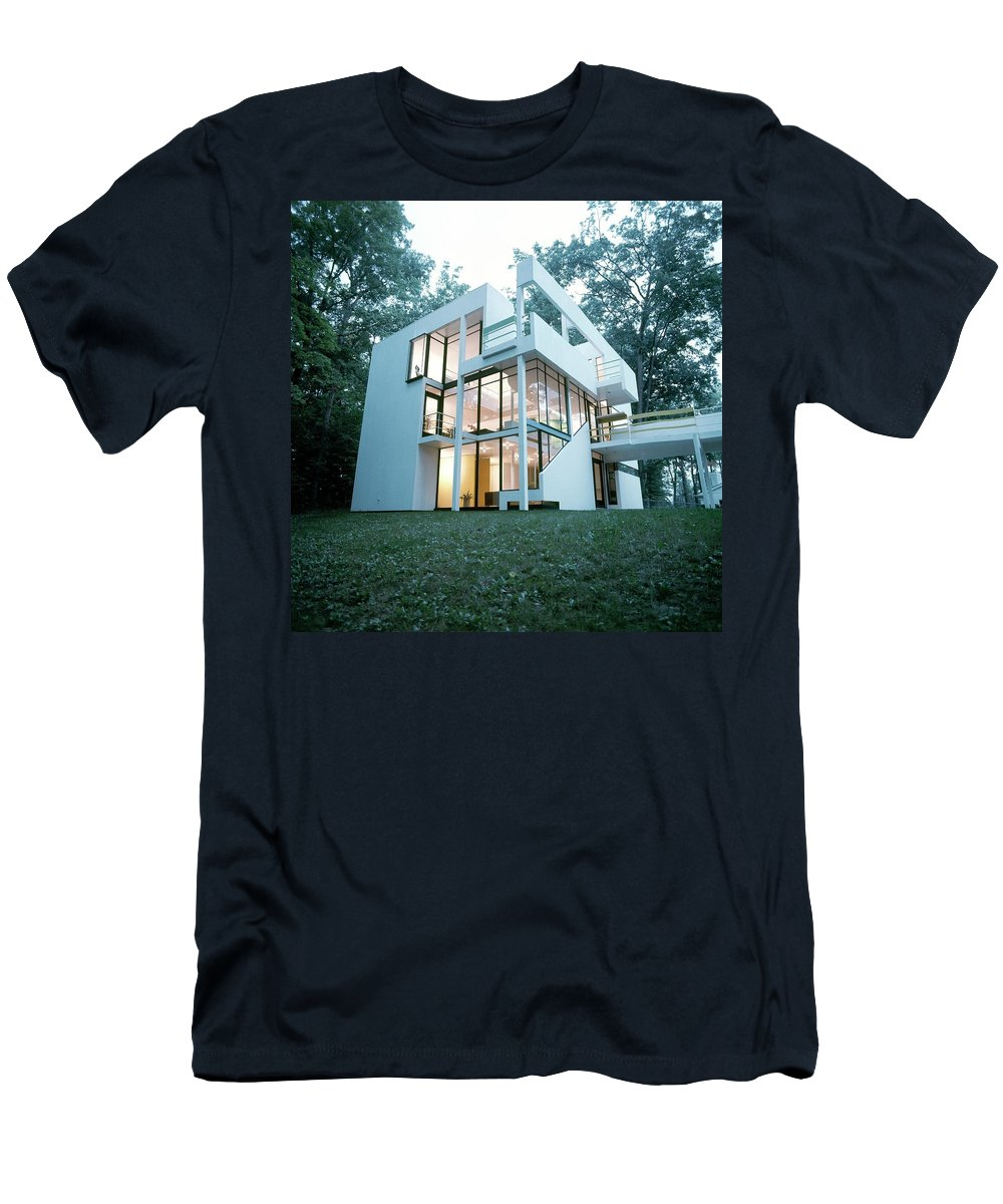 Home T-Shirt featuring the photograph Exterior Of Mr. And Mrs. Jay Hanslemann's by Tom Yee