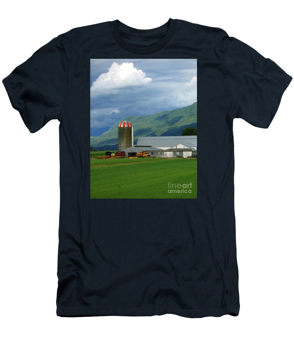 Farm Men's T-Shirt (Athletic Fit) featuring the photograph Farm In The Valley by Ann Horn