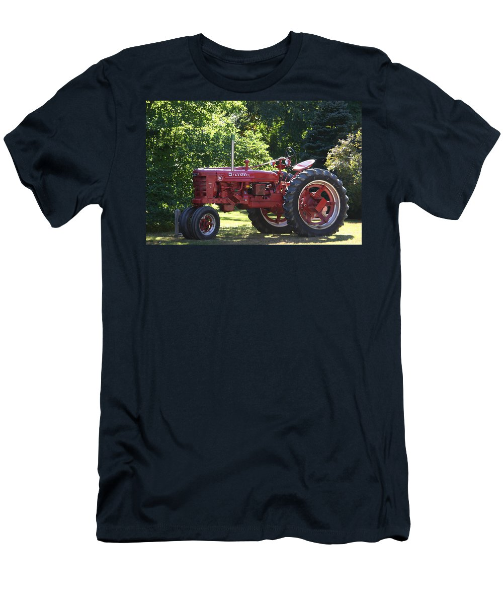 Tractor Men's T-Shirt (Athletic Fit) featuring the photograph Farmall's End Of Day by Denyse Duhaime