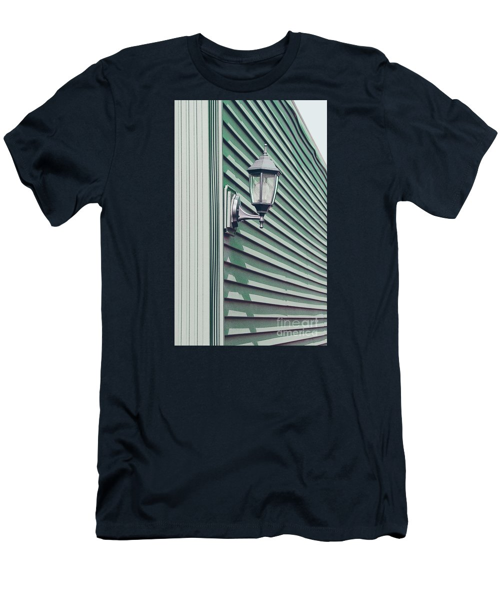 Wall Men's T-Shirt (Athletic Fit) featuring the photograph Green Geometry by Ann Horn
