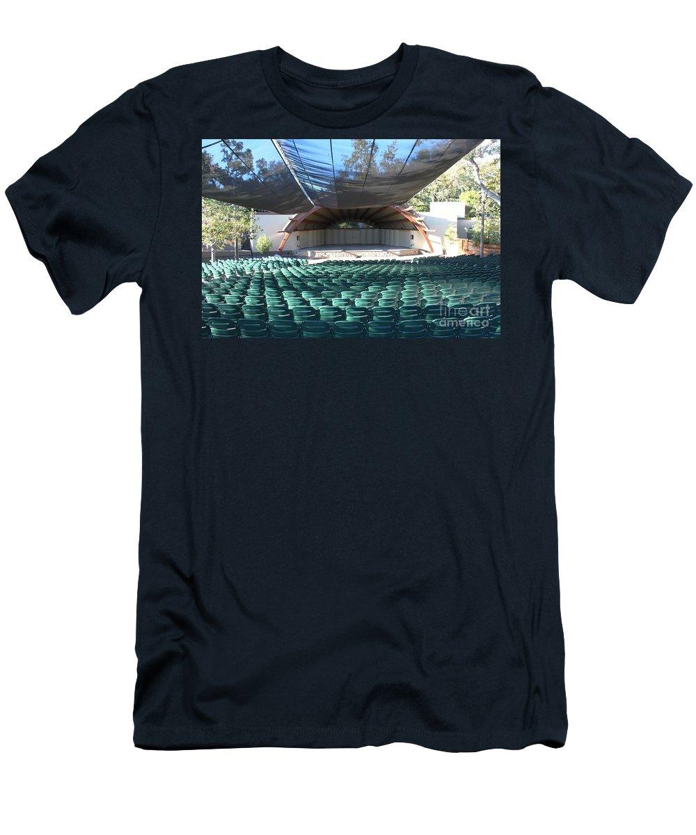 Libbey Men's T-Shirt (Athletic Fit) featuring the photograph Libbey Bowl Ojai by Henrik Lehnerer