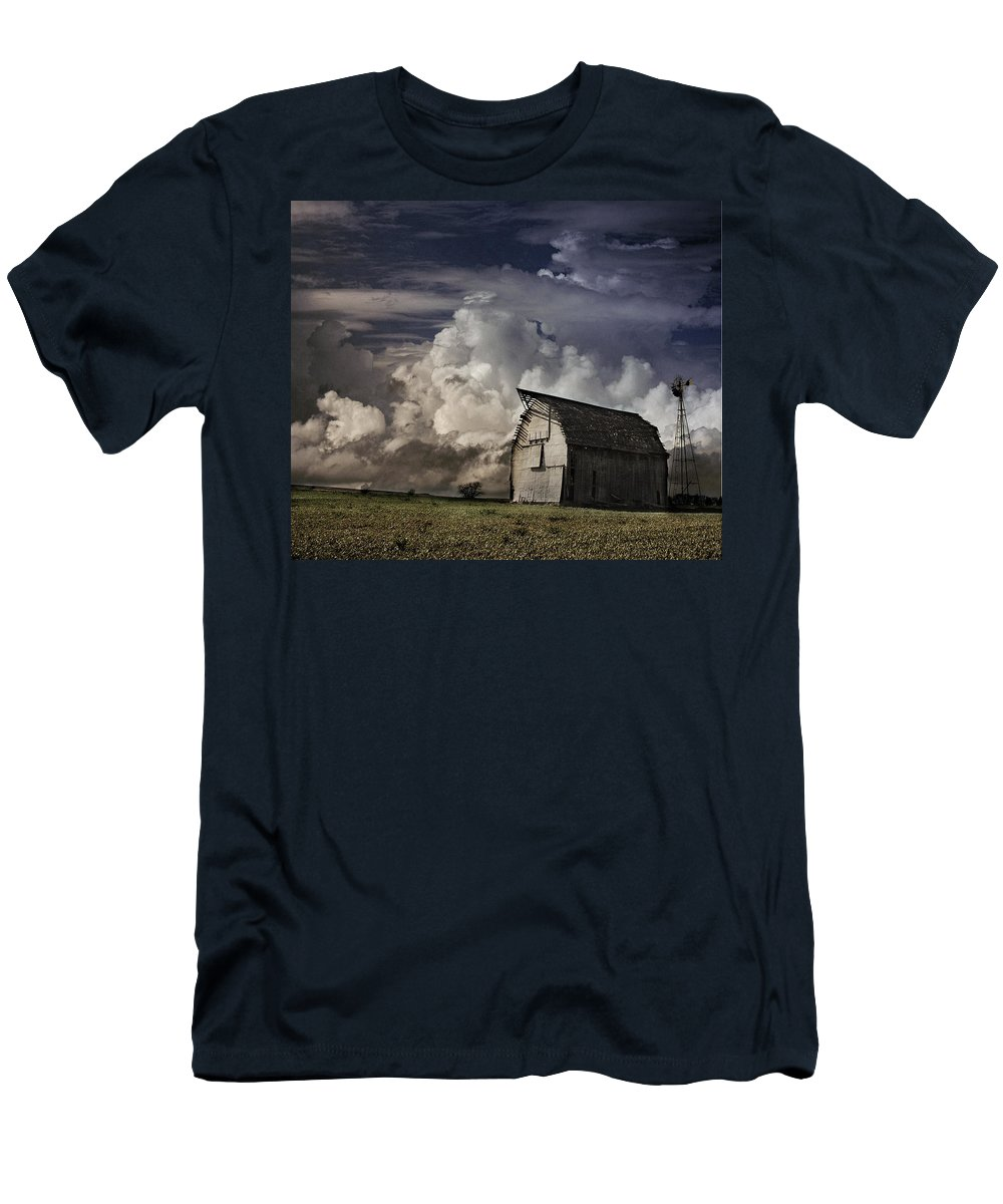 Barn Men's T-Shirt (Athletic Fit) featuring the photograph Lonely2 by Valarie Case